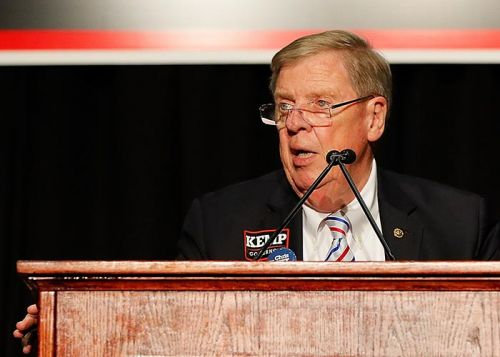 Isakson lashes out at Trump for McCain attacks