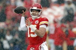 Chill out! Chiefs' Andy Reid urges KC fans to nix snowballs