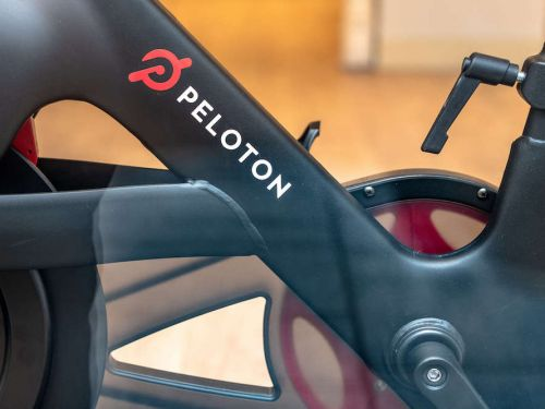 Flywheel is shuttering its subscription service after settling a lawsuit over allegations it copied Peloton - but Flywheel owners can trade in their bikes for a free Peloton