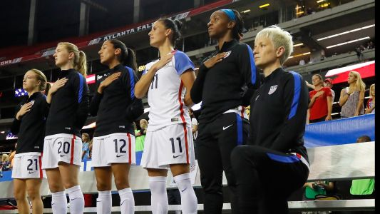 USWNT's Crystal Dunn feared losing her roster spot if she took a knee next to Megan Rapinoe