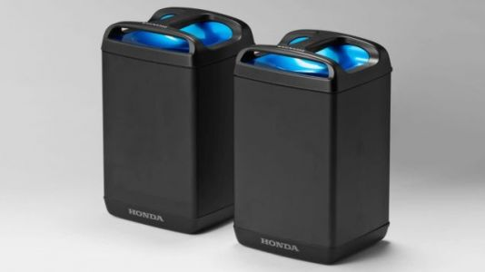 Honda, Yamaha, KTM, And Piaggio Are Working Together On Standardized Swappable Electric Motorcycle Batteries