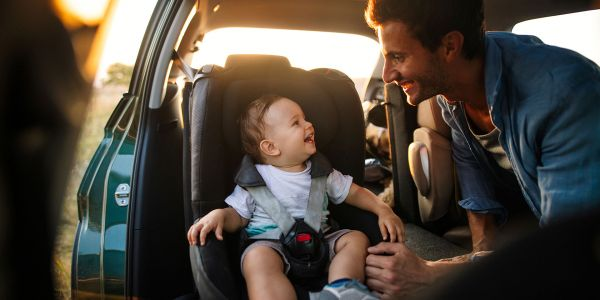 Traveling with a Baby: 6 Tips for Family Road Trips