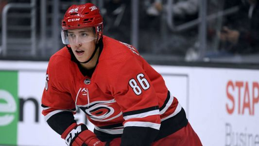 Hurricanes, Teuvo Teravainen agree to 5-year, $27M extension