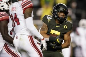 No. 13 Oregon ends No. 5 Utah's playoff hopes with 37-15 win