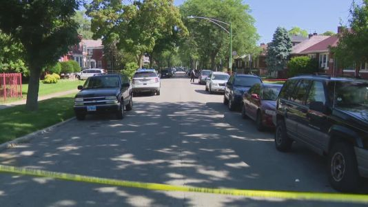 3 people shot in South Shore