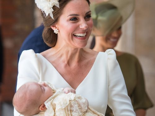 Watch the royal family members arriving at Prince Louis' christening in this adorable video
