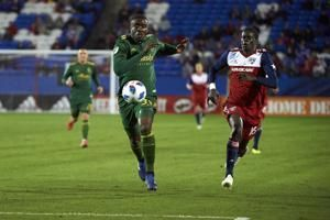 Valeri scores twice in 2-1 win to give Timbers knockout win