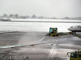 Southern snow, ice cause additional flight disruptions