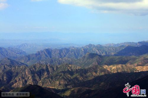 Lingshan Mountain: The highest of Beijing's heights