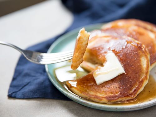 Light and Thin Pancakes From Homemade Pancake Mix
