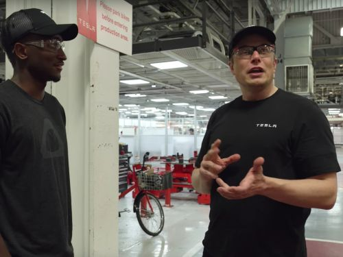 Elon Musk explains the difficulty of building a Tesla first-hand