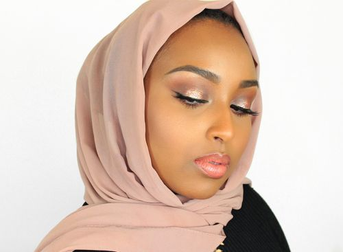 YouTube Star Aysha Abdul Spills Her Top Beauty Tips for Hijabi Women