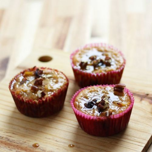 Kugel Muffin with Brown Sugar Sauce