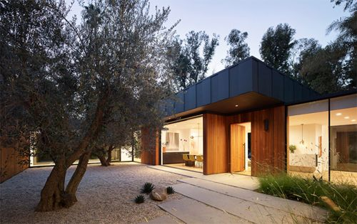 David Thompson's Laurel Hills Residence is Every Architect's Dream Home