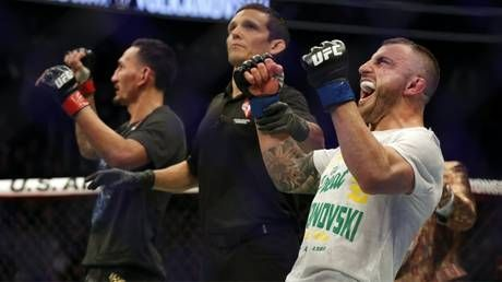 UFC 245: Alexander Volkanovski dethrones Max Holloway to capture UFC featherweight title
