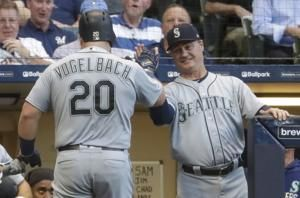 Vogelbach's homer lifts Mariners to first interleague win