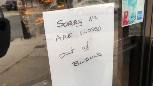 Popular bakery abruptly posts 'out of business' sign