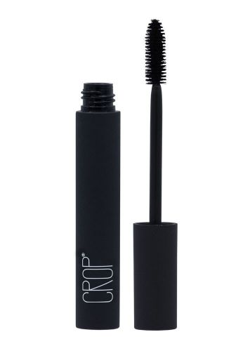 The All-Star Oils Clean Beauty Brands are Putting In Their Natural Mascaras