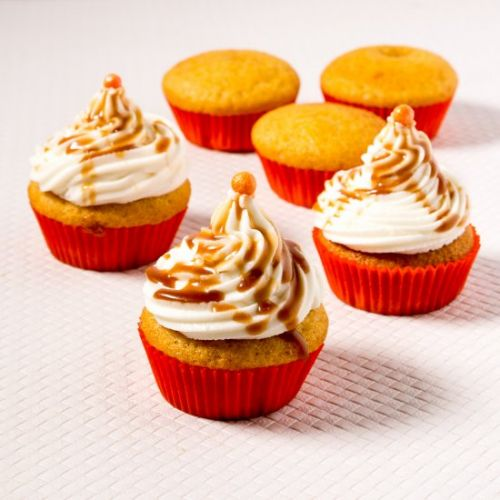 Easy Pumpkin Cupcakes with CC Frost