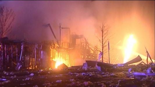 'Catastrophic explosion' injures 4, others unaccounted for at Illinois plant