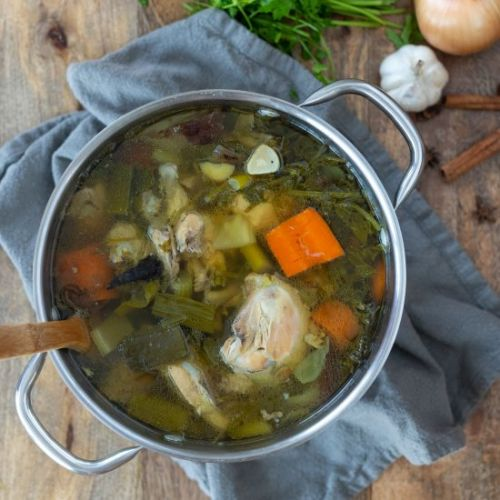 Easy Homemade Chicken Broth