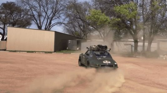 Not Even The Prettiest Aircooled Porsche 911s Are Above Ripping Rad Dirt Donuts