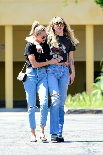 PDA Alert! Miley Cyrus and Kaitlynn Carter Spent a Steamy Night Out 'Stealing Kisses'