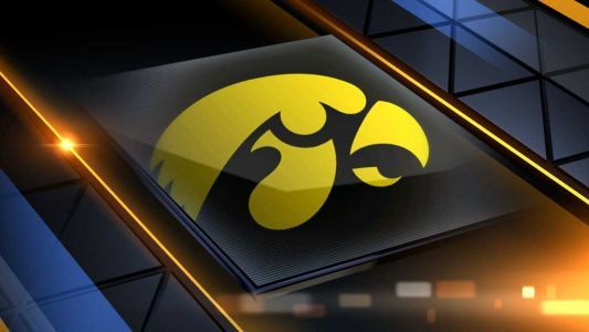 Czinano, Doyla lead No. 19 Iowa women past Penn St