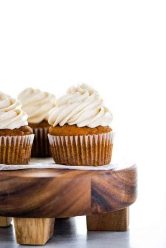 Gluten Free Pumpkin Cupcakes with Cinnamon Cream Cheese Frosting