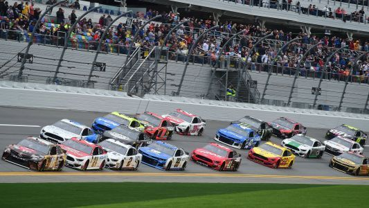 What time does Daytona 500 start? TV channel, live stream, odds for 2019