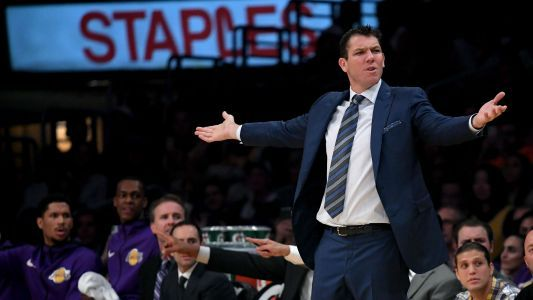 Lakers looked tired against Raptors, embattled coach Luke Walton says