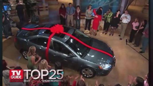 That Time Oprah Gave 276 People 'Free' Cars That Actually Cost Them $6,000 In Taxes