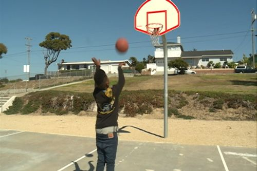 Keeping kids out of gangs with basketball in Seaside