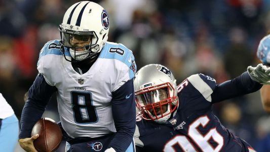Titans QB Marcus Mariota played through a quad injury vs. Patriots