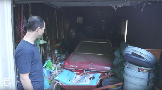 How To Detail A Car That Hasn't Seen Been Washed In 37 Years