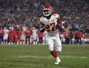 Chiefs cut Hunt after running back lands on NFL exempt list