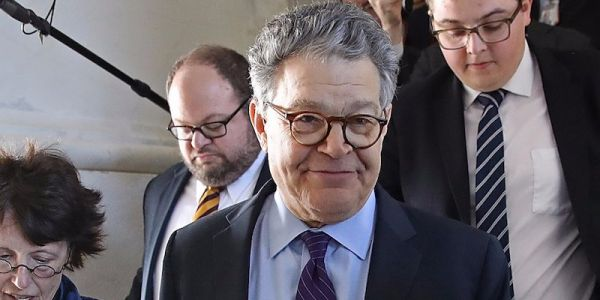 Some conservatives are starting to come to Al Franken's defense, saying he was taken out by a 'lynch mob'