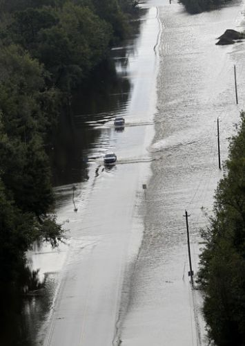 'I'm in trouble': Officials warn against map apps in flood-ravaged Florence areas