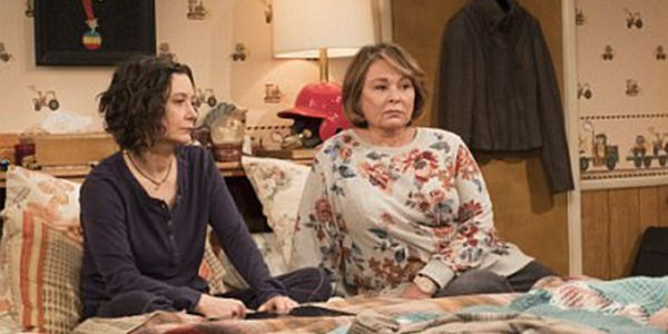 The first official photo from the 'Roseanne' revival is here