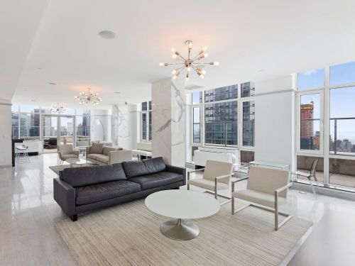 This $85 million NYC condo comes with 2 tickets to outer space, a $1 million yacht, 2 Rolls Royce Phantoms, and a Lamborghini