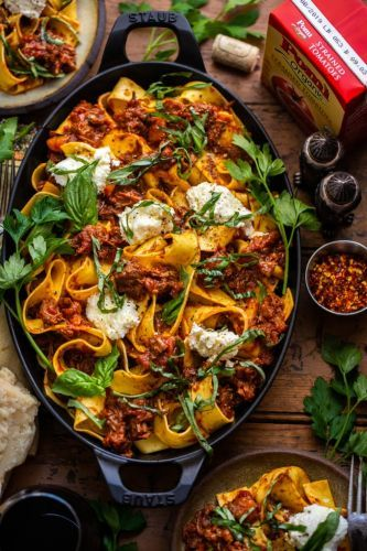 Pappardelle with Ricotta and Pork Ragu