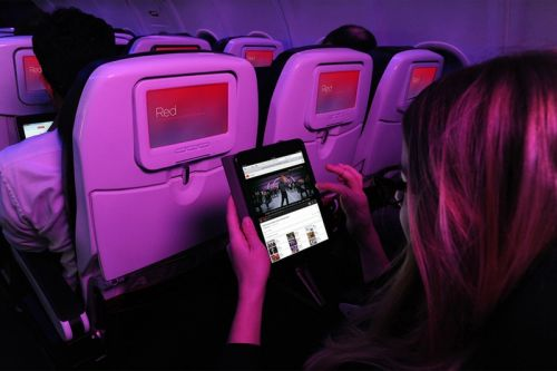 Netflix Offers Its Streaming Tech to Airlines