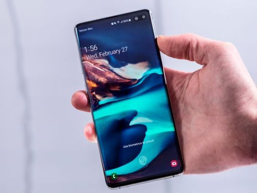5 reasons to buy the older Galaxy S10 instead of Samsung's brand-new Galaxy S20