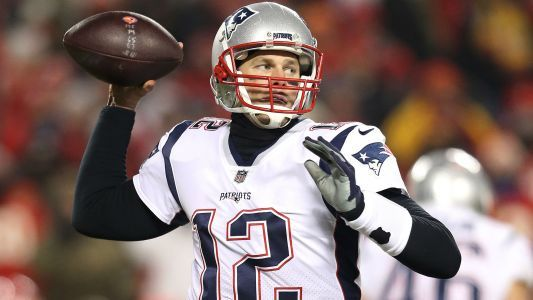 NFL bans fan who flashed laser at Tom Brady during AFC championship, report says