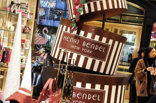 The owner of Victoria's Secret is closing down Henri Bendel - but that solves just a small piece of a much bigger problem