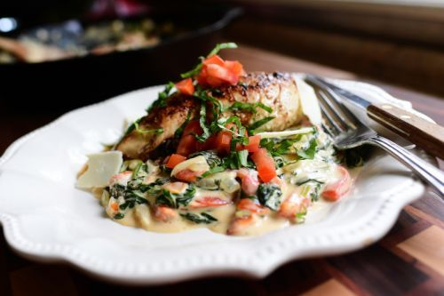 Creamy Spinach and Red Pepper Chicken by The Pioneer Woman
