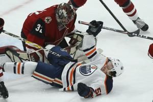 Coyotes end 5-game losing streak with 3-0 win over Oilers