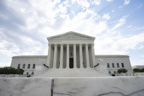 Supreme Court lifts injunction blocking first federal execution in 17 years