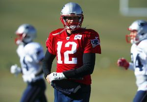Brady, Patriots heading for greater heights in Mexico