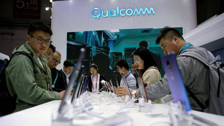 Chip supplier Qualcomm seeks to avert 'costly' US ban on exports to Huawei - report